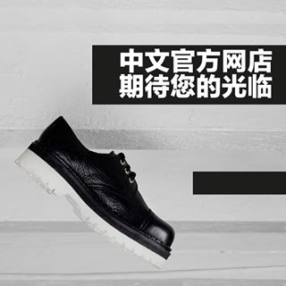 Good Morning and this is the Original Tracker Shoe - balck leather with a double rubber white sole.  中文网店已全面上线,现在订购全球免邮。 #Undergroundshoe #Undergroundshoes #Undergroundlondon #8berwickstreet #Underground_halfmoon #UNDERGROUND_STEELCAP #STEELCAP